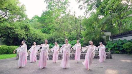 派澜 中国舞《青城山下白素贞》指导老师:田娅点