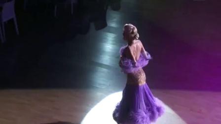 迪马、奥尔嘉表演:狐步舞_20190914(捷克布拉格 Dmitry Zharkov - Olga Kulikova)