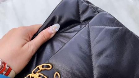 香奈儿2019秋冬新款最火热19手袋质量怎么样?