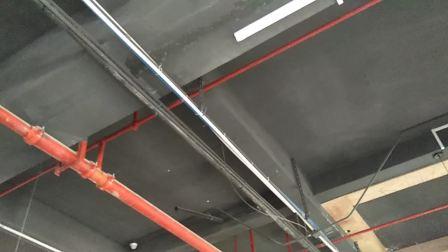 广东木工培训基地_安装集成吊顶教程,安装铝扣板教程,安装吊竿技巧,安装角线打酸性玻璃胶方法,装主骨分布方法装副骨排列方法,安装扣板先装第一排和最后一排较正好间隔