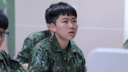 """西点军校台湾毕业生频频退伍引质疑,这场""""土洋大战""""台湾输了吗"""
