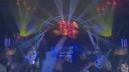 王以太现场演唱《戒骄戒躁》,精细鼓点容易让人上头 快剪  1124052417