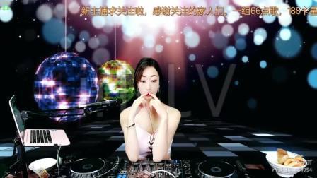 靓妹全新热爱音乐DJ2019现场美女打碟串烧Dj-芳芳 (114)