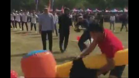 郑州实拍学生上体育课