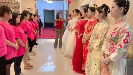 福州平潭最好的半永久纹绣化妆美甲美睫美容培训学校?学新娘跟妆盘发造型培训?