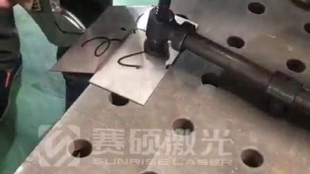 2.0厚不锈钢钣金手持焊拉力测试