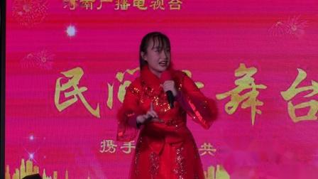 河南民间大舞台,豫剧《八件衣》选段,郑州市张丽戏曲艺术培训中心学生杨傲雪演唱