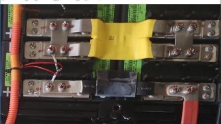 新能源电动汽车—知豆电池组电路