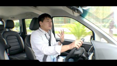 试驾五菱宏光PLUS:更精致的回本神器【汽车Vlog286】