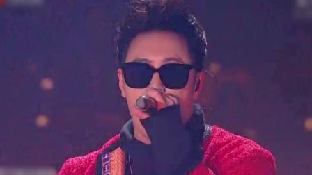 潘玮柏《小丑》,热血开唱尽显摇滚魅力 江苏卫视跨年演唱会 20191231