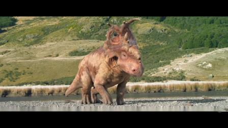 一部恐龙纪录片电影小恐龙从小被同伴欺负,长大却当上了领袖
