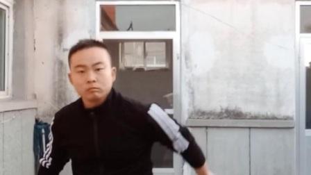 曹起领双节棍练一练