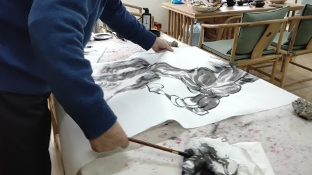现场直播:著名书画家,文化部艺术品评估委员会委员,中非友好经贸发展基本金会艺委会执行主席高强现场作画,共同见证骏马如何跃然纸上【江改银报道】