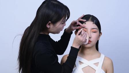 最新的豹纹眼妆视频课程--济南人像化妆摄影培训学校韩秀文老师