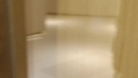 国贸益华城电梯间