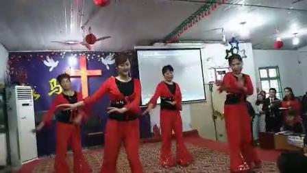 圣诞教会姐妹舞蹈  黑与白