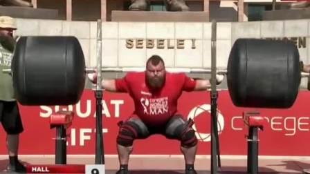 埃迪霍尔深蹲325公斤15次