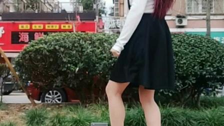 《原创》永东铃子广场舞 爱你在心口难开