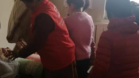 《龙禹志愿服务中心》志愿者2020年春节前慰问贫困贫困家庭送温暖