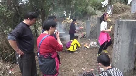 2017年春节期间黄氏全家到莲花坡和九道河扫墓祭祖
