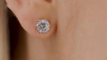 2.00克拉6爪白金钻石耳钉