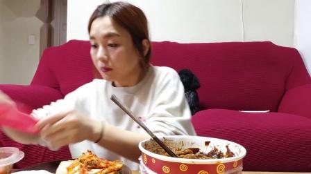 韩国Hamzy吃播超辣味炸鸡 &烧酒~最新组合!(热狗,墨西哥玉米片)