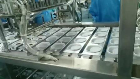 四方盒芒果酱灌装机,芒果酱马来西亚荆沙酱带颗粒 定量草莓酱甜面酱酱料灌装机香菇酱灌装机配套设备加工生产整线单机设备巴氏杀菌线
