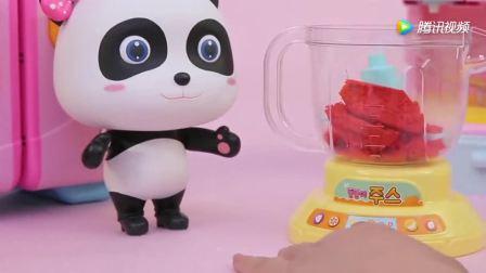 《宝宝巴士》果汁沙冰派对,妙妙为小朋友做了各种沙冰
