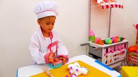 萌娃小可爱的蛋糕店里来了一位有趣的客人,萌娃:您要的蛋糕做好了