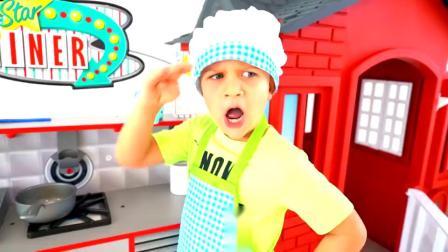 萌娃小可爱做的华夫饼看上去可真是美味呢!—萌娃:宝宝可是一名专业的糕点师哟!