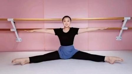 北京舞蹈学院考级二级:勾绷脚
