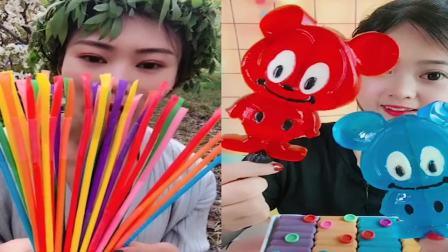 小姐姐直播吃:可爱小螃蟹果冻,各种口味任意选,是我童年向往的生活