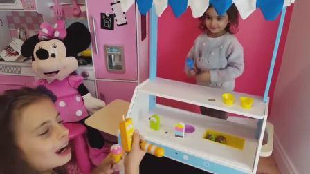 萌娃小可爱的冰淇淋店开业啦!萌娃:卖冰淇淋!香甜美味的冰淇淋!