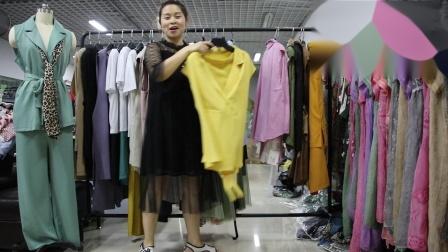 2019年最新精品女装批发服装批发时尚服饰时尚女士新款夏装两件套套装走份20件