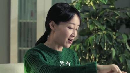 很多年前中央电视台生活节目的当家花旦文青和赵琳!现在赵琳演猴子的老婆!