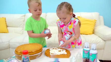 萌娃小可爱们给妈妈做了一个漂亮的生日蛋糕,小家伙们可真是贴心呢!—萌娃:妈妈,生日快乐!