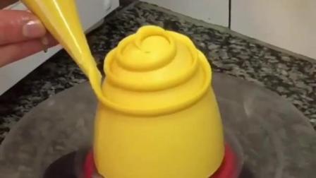 义乌蛋糕甜品短期培训 义乌生日蛋糕培训 酷德西点烘焙培训学校