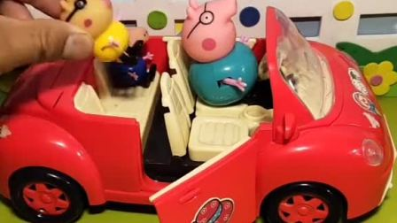 乔治小猪佩奇上学要迟到了,坐车没坐上,小乔治好倒霉啊