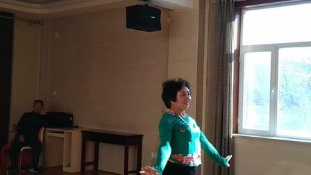 2018年2月6日,王慧芳老师交又见北风吹舞蹈