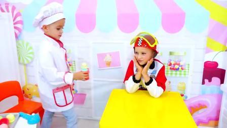 萌娃小可爱:小赛车手也来吃冰淇淋了,这冰淇淋球太美味了,亲子益智玩具儿童乐园