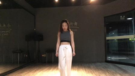 SDC校园街舞冠军赛 校园街舞-刘晓雅-河南-新乡医学院三全学院-JAZZ