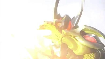 奥特曼:银河成功复活变得和怪兽一样大,召唤出了自己的专属武器