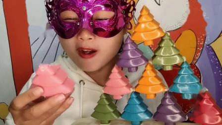 """馋嘴儿小姐姐创意手工""""圣诞树巧克力""""三角堆叠果味芬芳,香甜柔滑"""