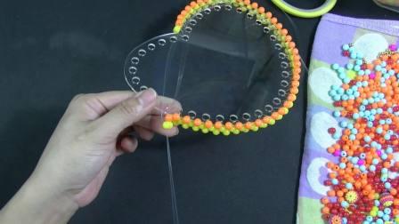 小号心形泫雅包彩虹款第一节视频教程 DIY手工串珠包包 手工编织教程