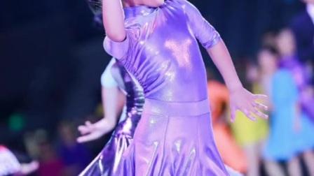 吴丽萍跳舞比赛留恋视频