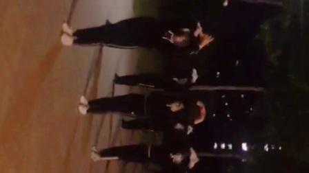 龙口市林苑自由飞翔健身队秀舞相关的图片