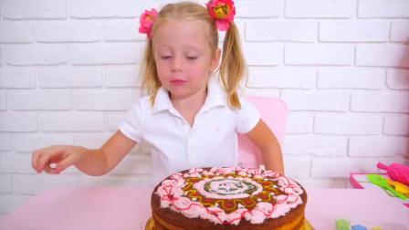 萌娃小可爱制作蛋糕,小家伙可真厉害,萌娃:好香啊