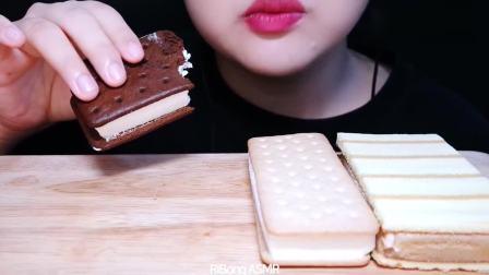 吃播大胃王:小姐姐吃冰淇淋三明治,太过瘾了