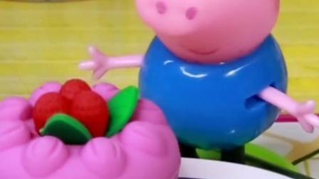 佩奇要送猪妈妈一个爱心卡片,乔治要送给妈妈爱心蛋糕,佩奇乔治真是好孩子!