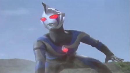 奥特曼:奥特曼能变身日冕形态,混沌奥特曼却不行,等着被挨打吧